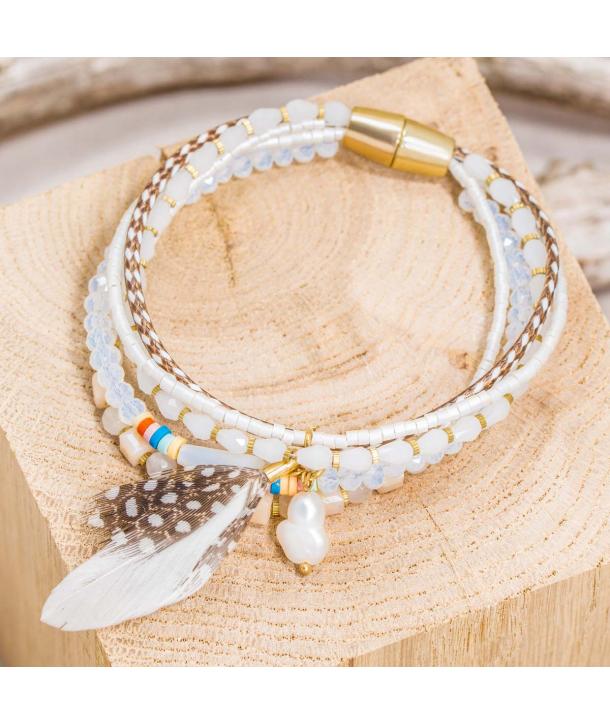 Bracelet FEATHER BLANCO DORADO multi-rangs fin doré et blanc cristal plumes et perles fermoir aimanté