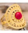 Bague REYOS ROJA DORADA cabochon ethnique réglable acier doré couronne solaire jaspe rouge